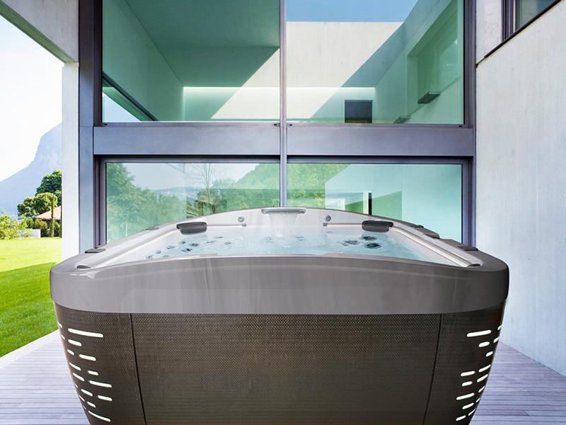 hot tub jacuzzi j500